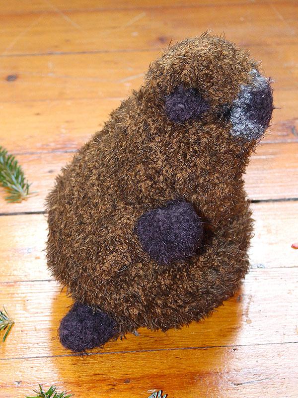 Knit a marmot to celebrate Groundhog Day.
