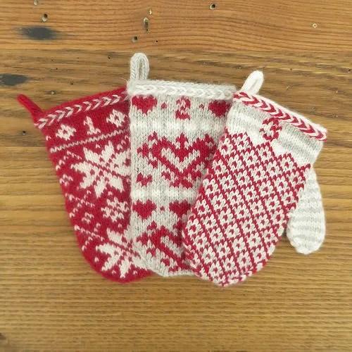 Advent Calendar Handmade Knitting : Knit mini mittens for an advent calendar knitting