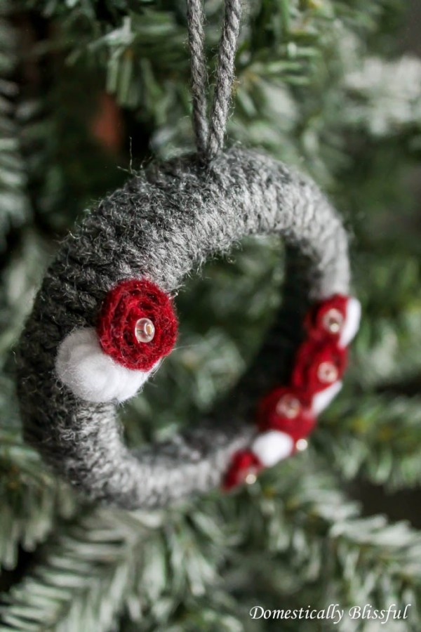 yarn wrapped wreath ornament