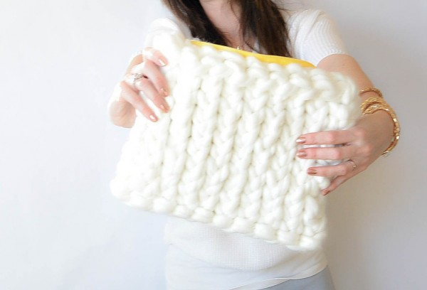 jumbo yarn knit bag