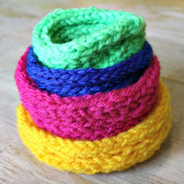 knit stacking bowl project for teens