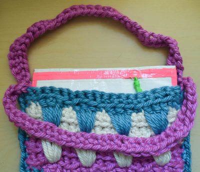 Add a no-sew liner to your knit bags with duct tape.