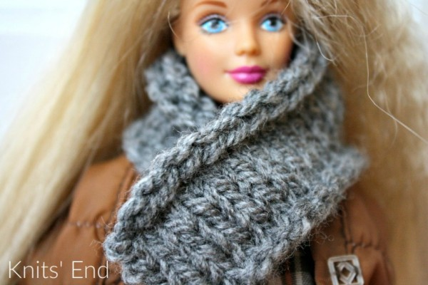 Crochet Barbie Doll Scarf and Hat | Free Pattern | Bohemian Cat | 400x600