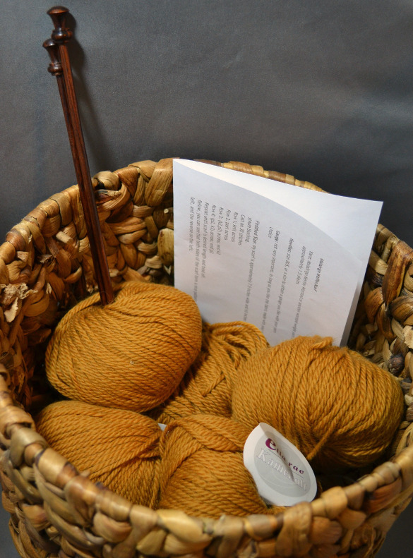 Gift a DIY knitting pattern kit to a knitter friend for a great gift.