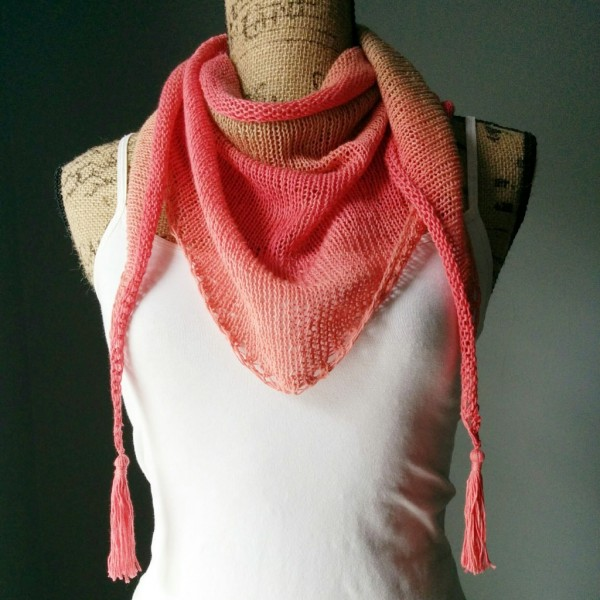 Stitch a simple Stockinette triangle shawl