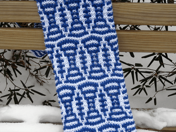 mosaic knit football scarf