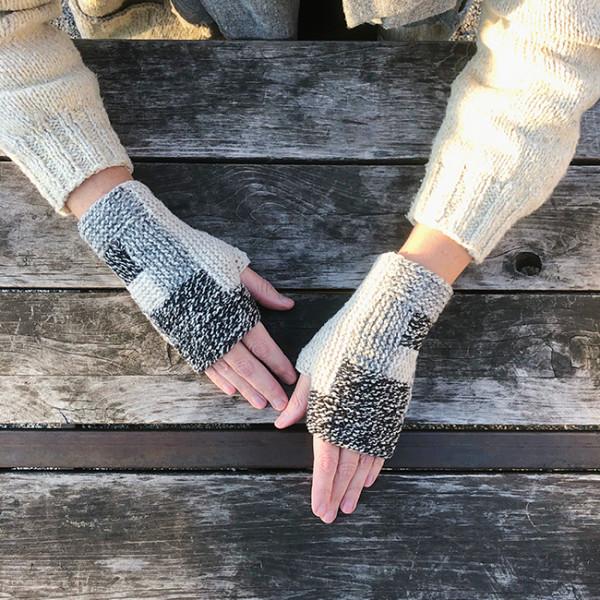 log cabin mitts