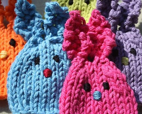 huggie bunny egg cozy knitting pattern