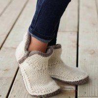 Knitting Pattern - Mini Modern Mocs