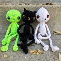 Jeepers, Creepers and Peepers Halloween Knitting Patterns