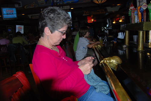 Knitting by myself in a Pub in Lewiston, NY