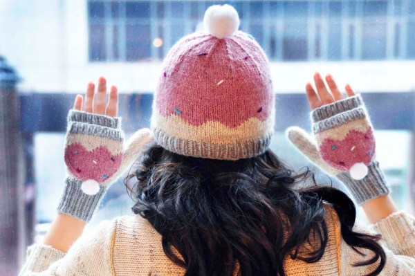 sweeter than a cupcake knitted hat and mittens cupcake knitting pattern 2