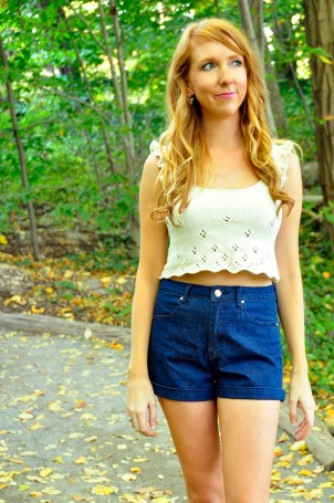 twirl-of-your-dreams-knitted-daisy-lace-crop-top-knitting-pattern-8