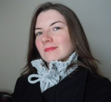 Gray Knit Collar