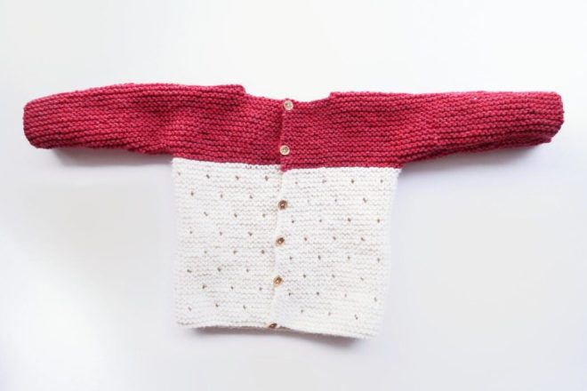 Knit Baby Sweater Pattern FREE for Beginners