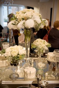 15 Floral Centerpieces for Coffee Table Inspiration