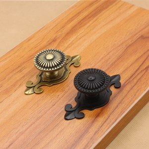 10pcs Classical Bronze Tone Chrysanthemum Drawer Cabinet Desk Door Pull Box Handle Knobs Furniture Handles Hardware With Screw