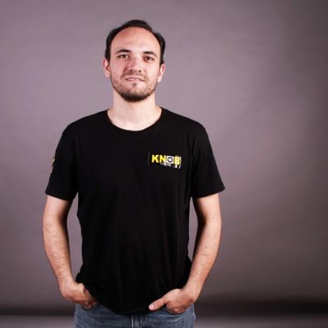 http://knobstudio.com.mx/wp-content/uploads/2015/08/Rodrigo-foto1.jpg