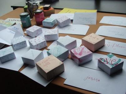 Enveloppen en doosjes, Envelopes and boxes