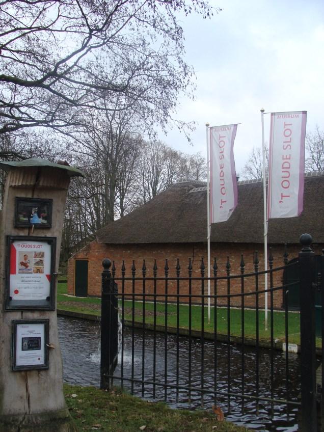 Het museum - The Museum