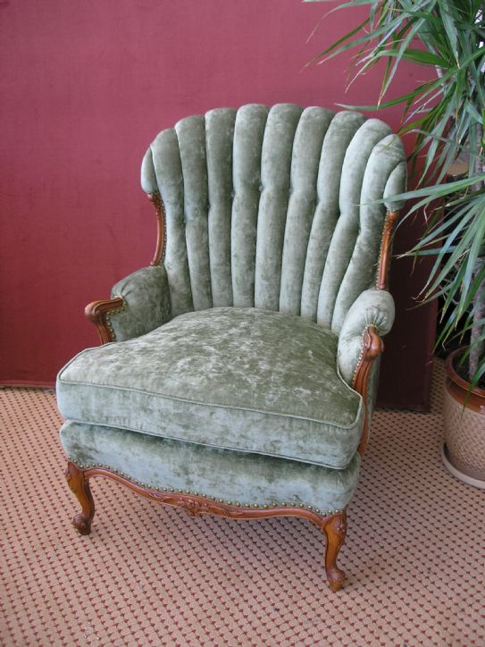 Knops Upholstery Inc  About Us