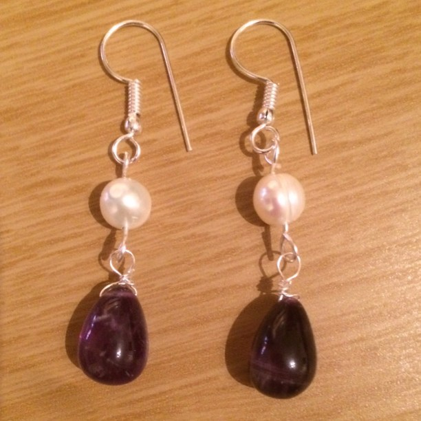 pearl and amethyst drop earring diy tutorial 1