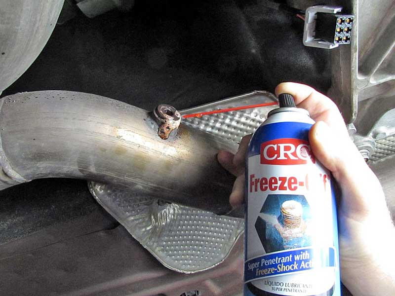 "Then use <a href=""https://www.napaonline.com/napa/en/p/CRC05002/CRC05002"" target=""_blank"">CRC Freeze-Off </a>to shock cool the bolt. Only spray the bolt, leaving the surrounding threads hot. Freeze-Off has a special propellant that freezes when it is sprayed. You can try ice also."
