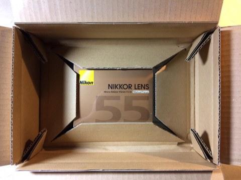 Nikon Micro-Nikkor 55mm f/2.8 梱包です。