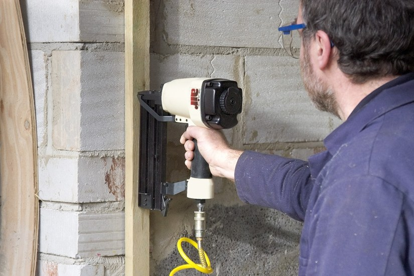 Axminster Air nailer