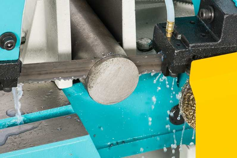 Coolant system on the UE-916A bandsaw