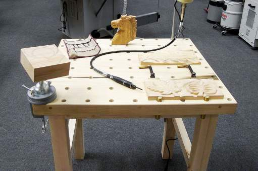 Carving table