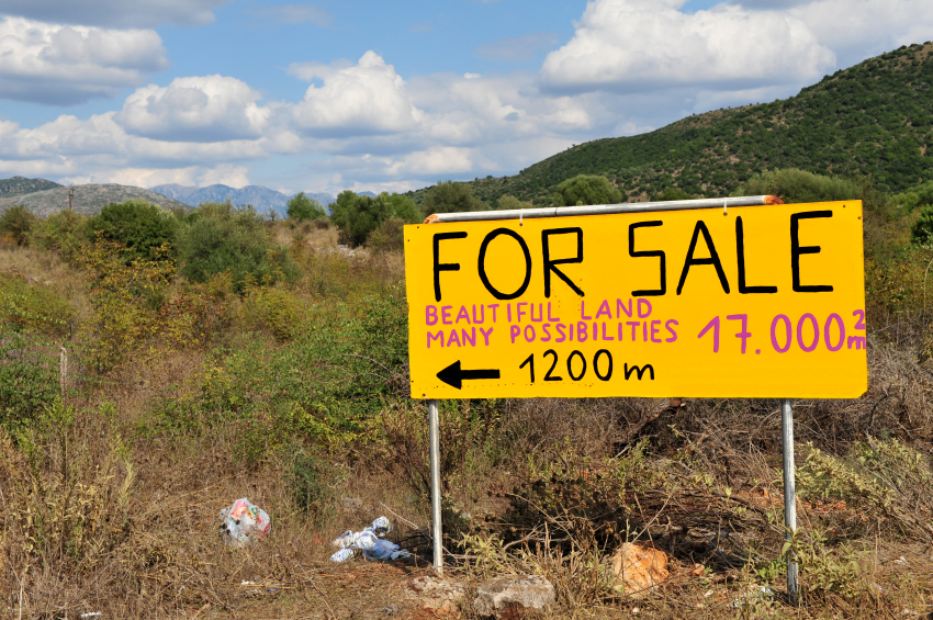 Real estate or building land for sale