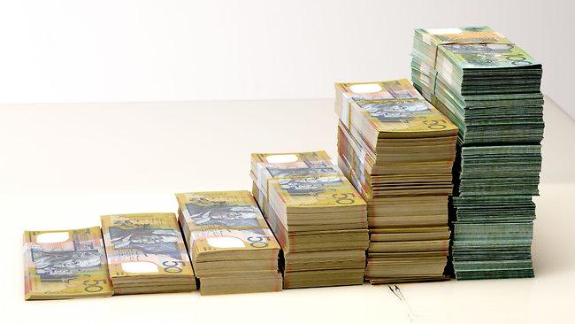 023949-pile-of-money