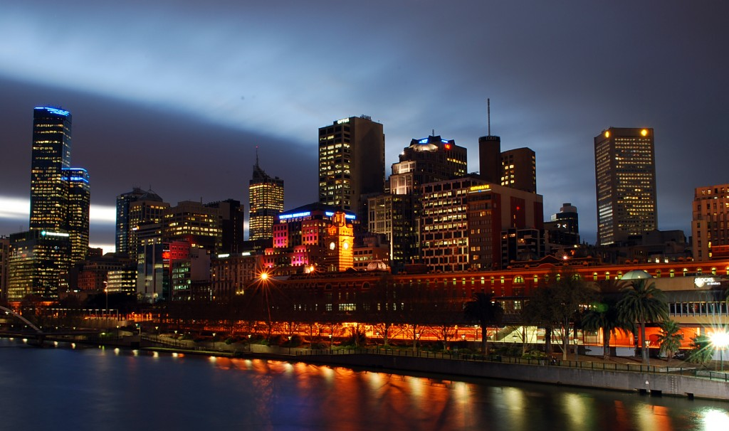 Melbourne_At_Night_from_Southbank_Bridge