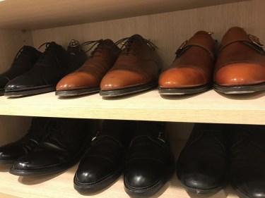 革靴を長持ちさせる防水スプレーの使い方を紹介