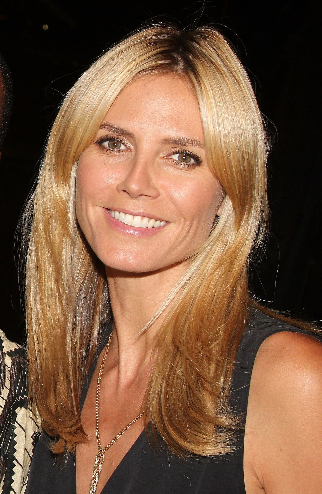 Heidi Klum  Known People  Famous People News And Biographies