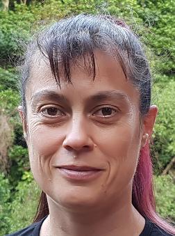 Andrea headshot 20171218_195128