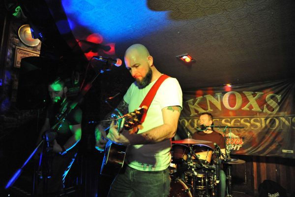 Live-Music-at-Knoxs-1