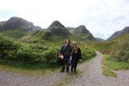Tomus und Sarah vor den Three Sisters auf dem Weg zum Lost Valley