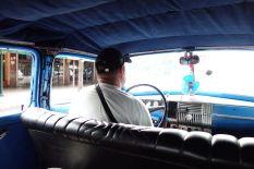 Auf dem Rückweg handeln wir den Fahrer noch etwas herunter und lassen uns für 5 CUC wieder in die Stadt fahren. Für uns günstig (war ne gute Strecke), für ihn aber vermutlich einiges an Geld.