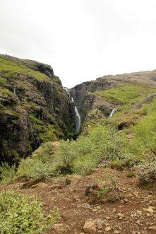 Endlich kann man mal was von diesem ominösen Wasserfall sehen. Ob sich der Weg lohnen wird?