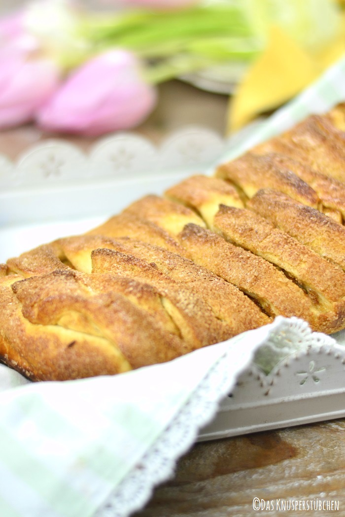 Apple Pie Stromboli 3-1