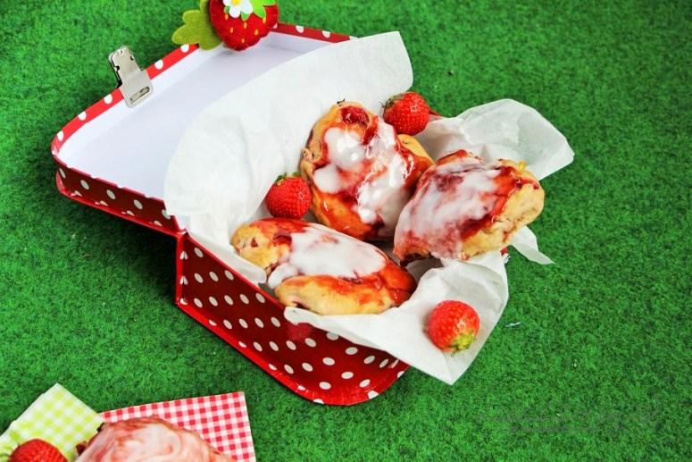 Strawberry Scones (17)