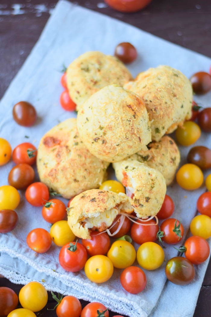 BBQ Broetchen - BBQ Rolls filled with Cheese and tomato sauce 6