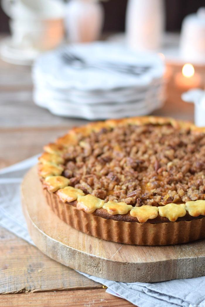 Pumpkin Pie with pekan crunch - Kürbis Pie mit Pekan Krokant Streuseln (10)