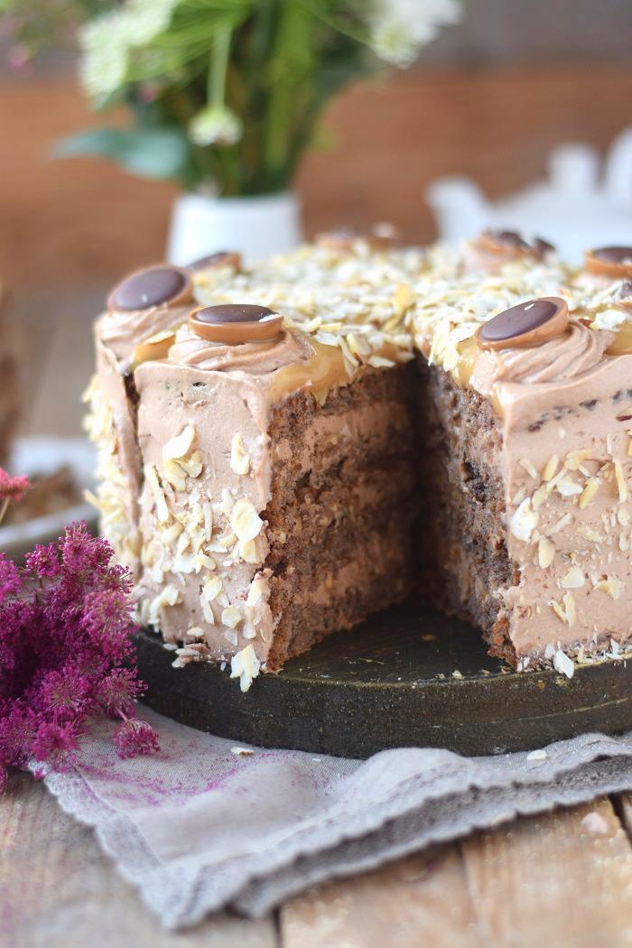 Karamell Nougat Haselnuss Toffifee Torte - Caramel Hazelnut Chocolate Cake (21)