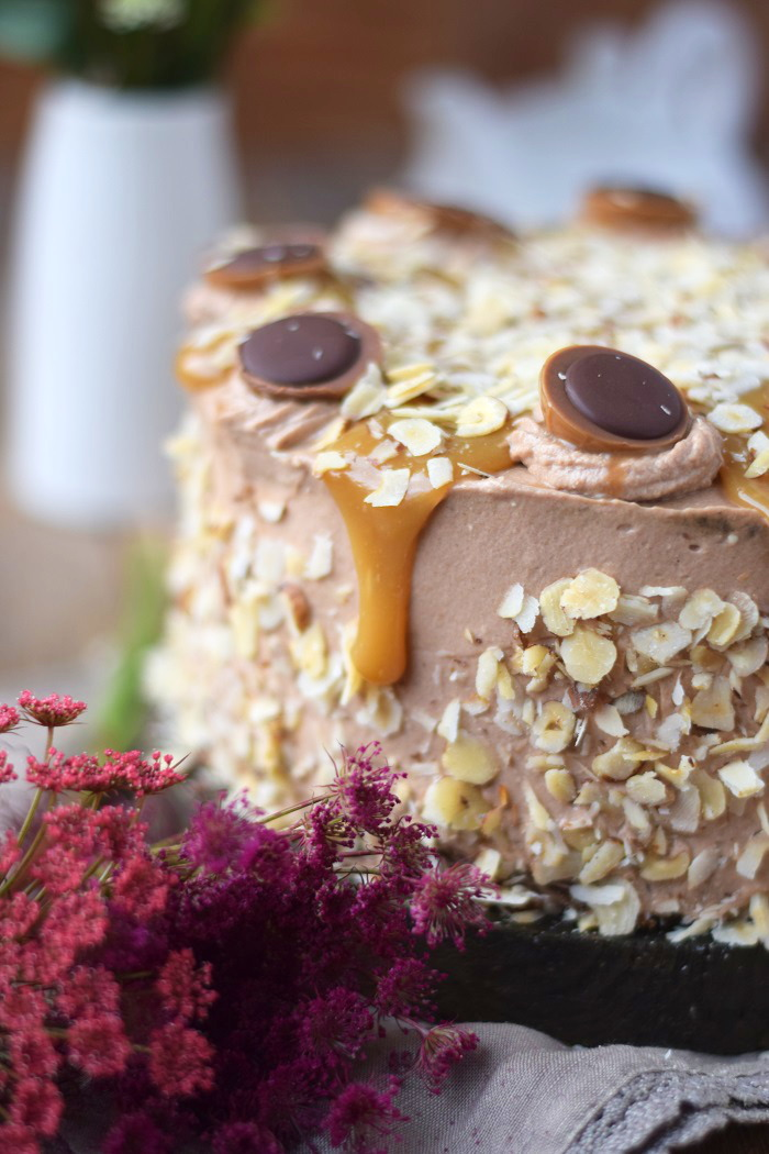Karamell Nougat Haselnuss Toffifee Torte - Caramel Hazelnut Chocolate Cake (7)