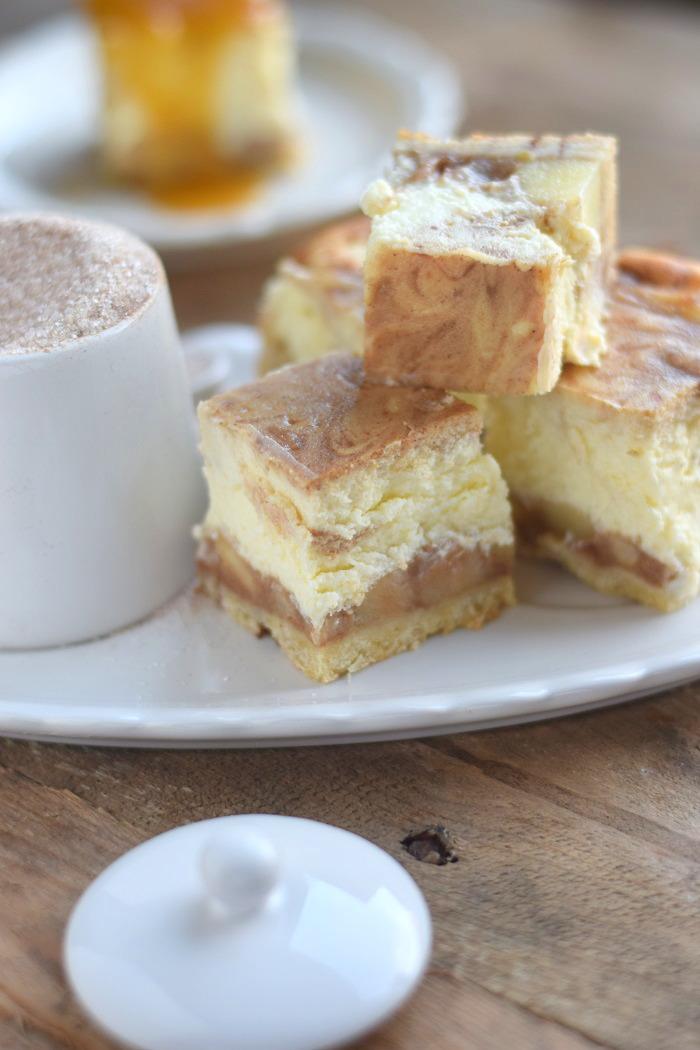 Zimtschnecken Cheesecake - Cinnamon Roll Cheesecake #cinnamonroll #cheesecake #zimtschnecken (19)