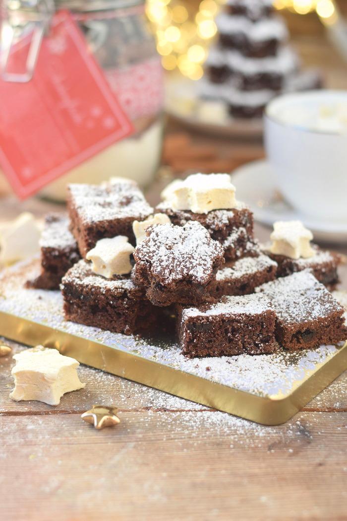 Schokokuchen mit Lieblingsschokolade und Zimt Marshmallows (11)