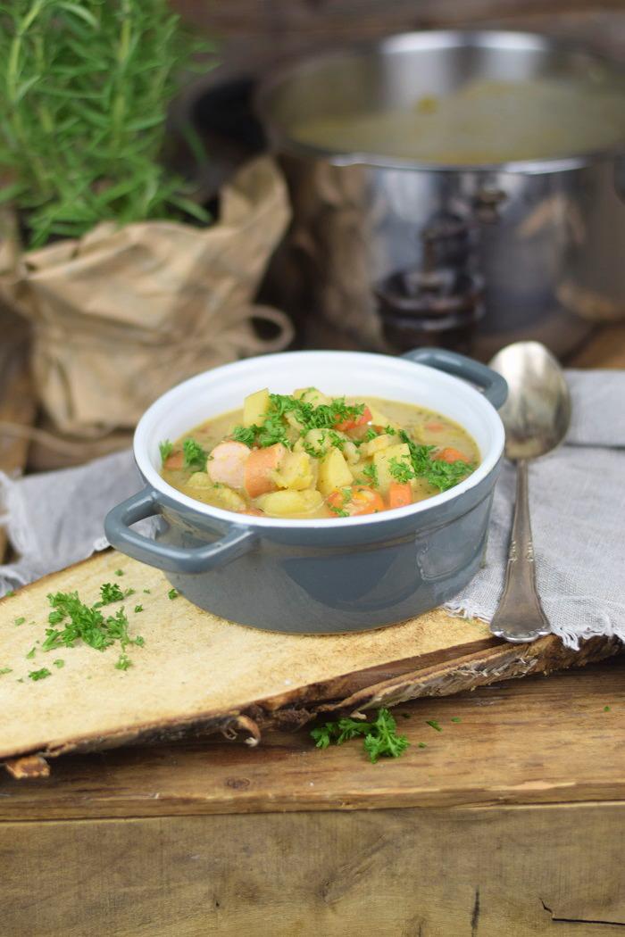 Grundrezept Gemuesebruehe & Kartoffelsuppe - Vegetable stock and Potato Soup (1)